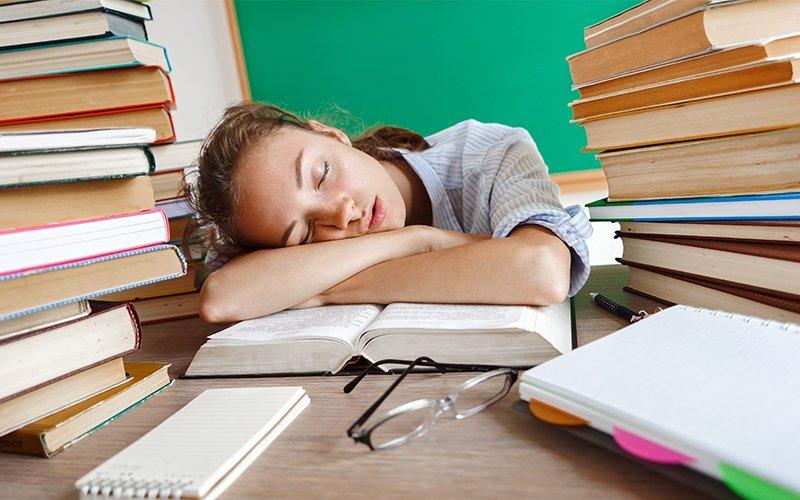 Comment bien dormir la veille d'un examen ?