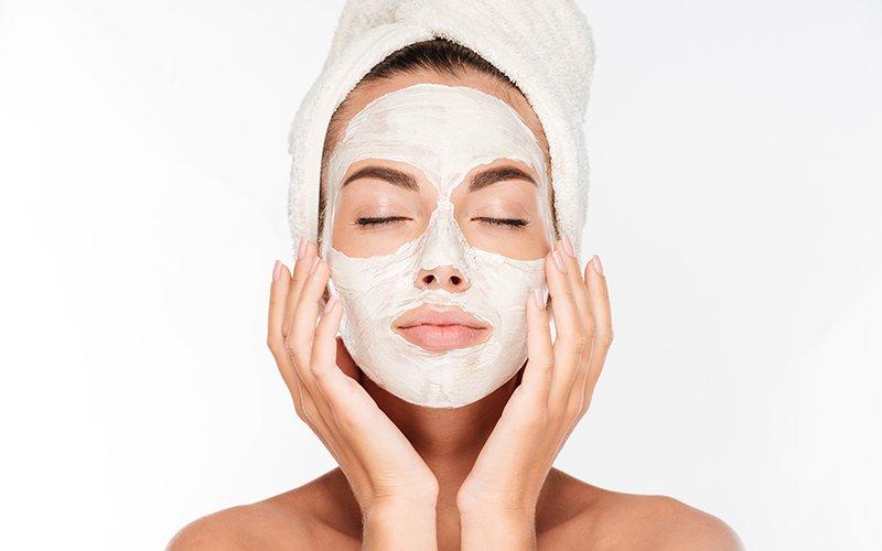 L'intérêt des masques de nuit pour le visage